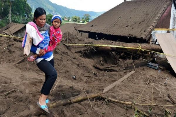 gempa-m-48-guncang-bali-dampaknya-akibatkan-rumah-rusak-dan-korban-jiwa-image